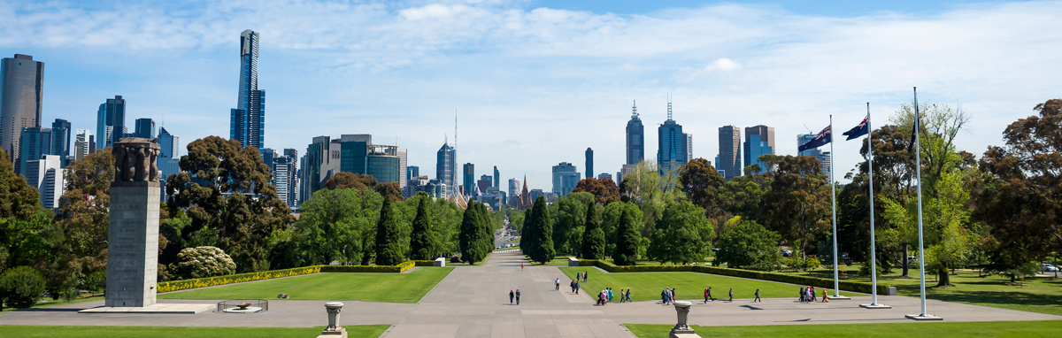 Melbourne Skyline 2 ground level Shrine of Remembrance crop