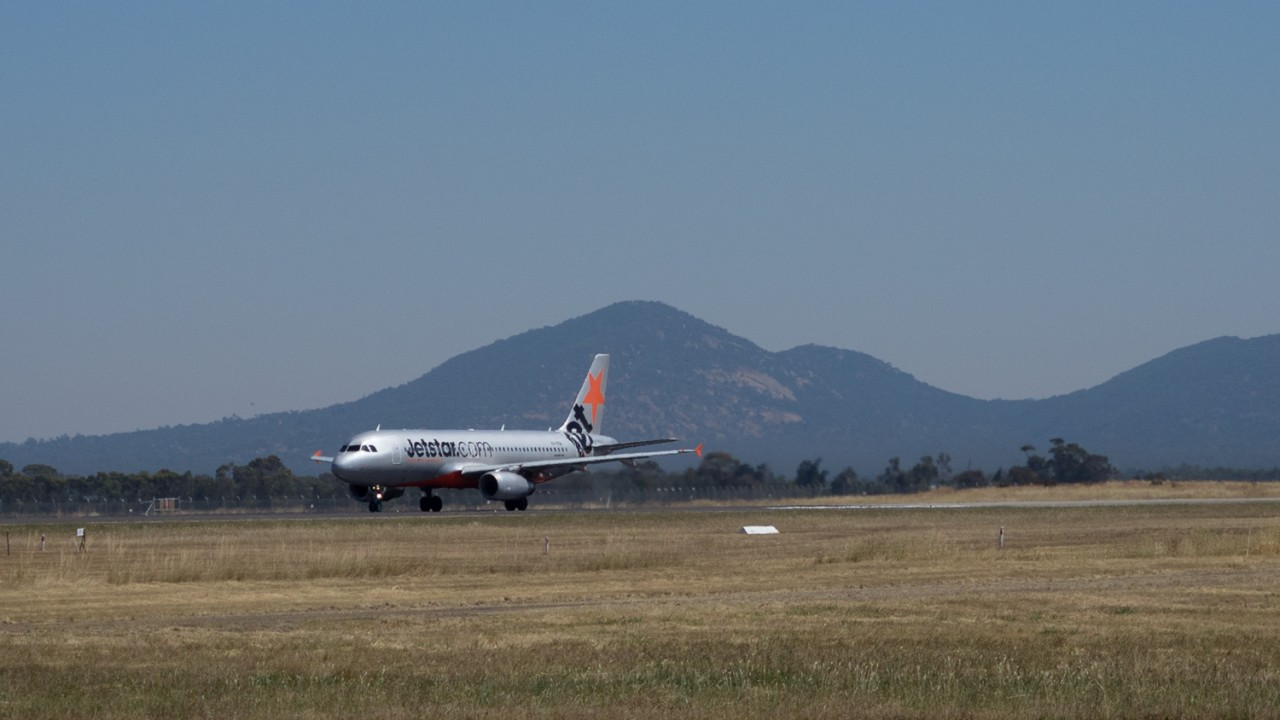Jetstar to take off again at Avalon Airport