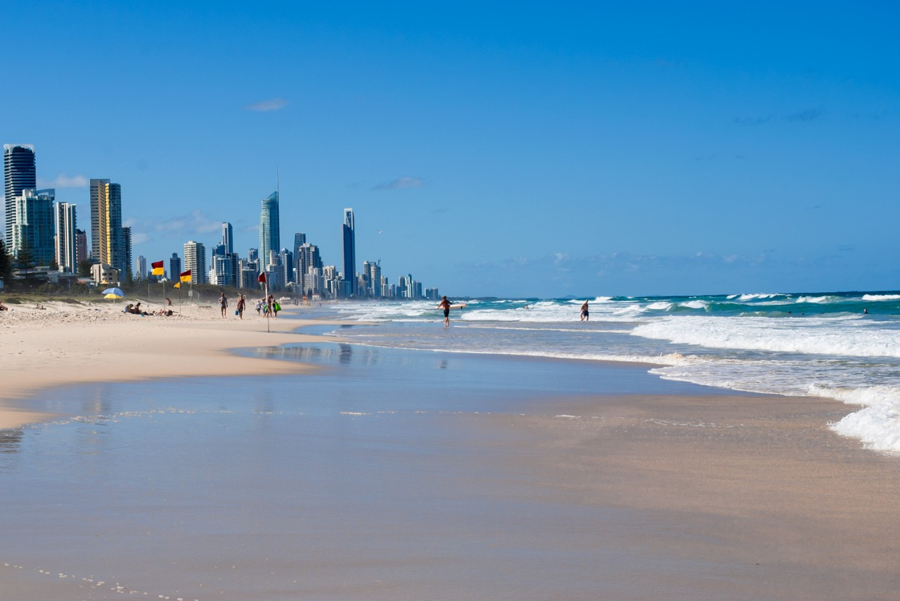 Gold Coast flights resume from Avalon Airport